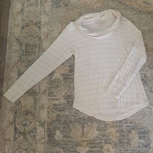 White cowlneck/turtle long sleeved shirt size M